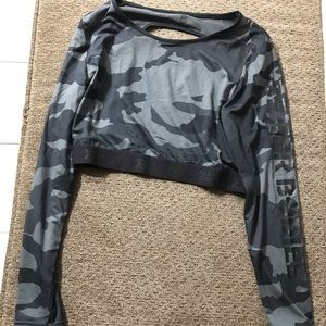 Better bodies cropped long sleeve